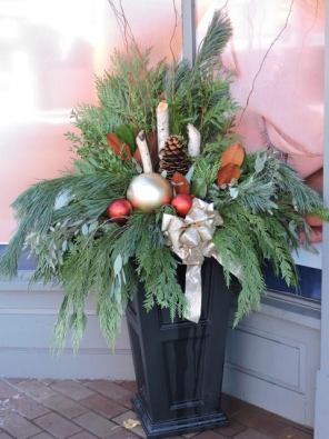This stunning arrangement can be found at Streetsville Sport & Physiotherapy on Queen Street in Streetsville